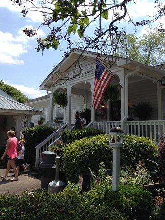 The Bulloch House Restaurant: Entry