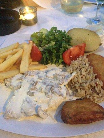 Green Park Restaurant : All this for 10euros!