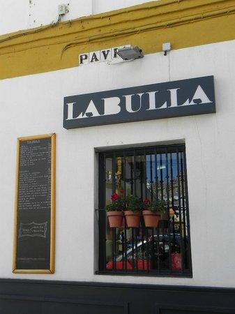 LA BULLA