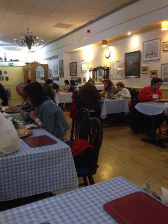 Spean Bridge Hotel Restaurant: Dining Room