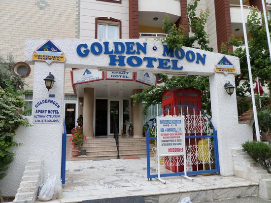 Golden Moon Apart Hotel: entrance