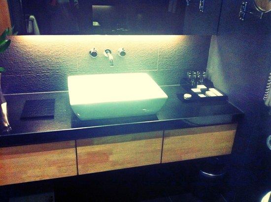 Horizon Hotel: Sink