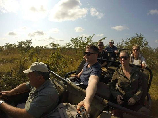 Savanna Private Game Reserve : Out on game drive with Paddy and crew