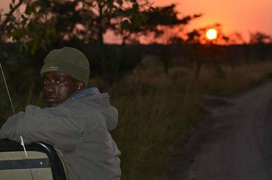 Savanna Private Game Reserve : Our tracker Julius at sunrise