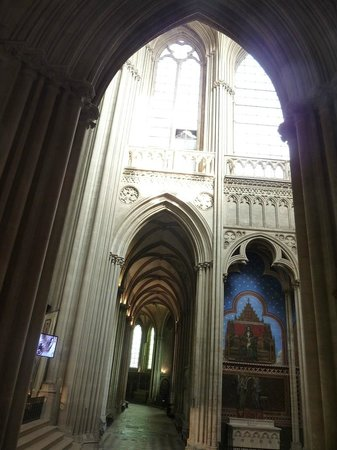 Notre Dame Cathedral: Inside the cathedral