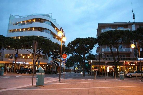 Hotel & Residence Il Teatro: Hotel z zewnątrz