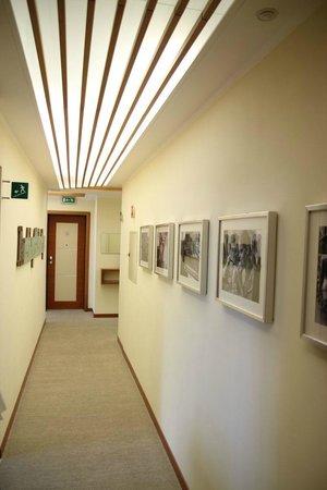 Hotel & Residence Il Teatro: Korytarz