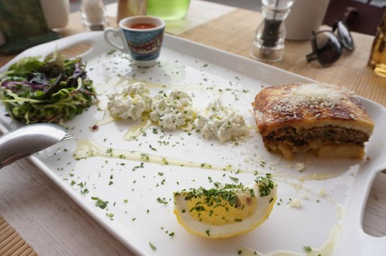 Sea Side by Notos : Moussaka made from local white aubergines served with a side salad and tzatziki