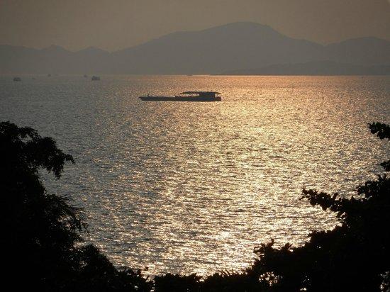 Sandalay Resort: Красивый закат!