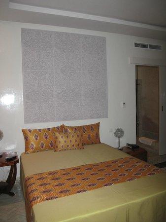Riad Zyo : La chambre, spacieuse et bien agencée