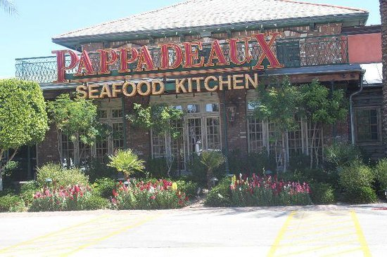 Pappadeaux Seafood Kitchen: front view of Restaurant