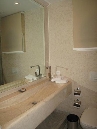 Riad Zyo : La salle de bain, en tadelek