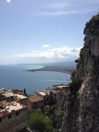 Parc Hotel Ariston & Palazzo Santa Caterina: View from the balcony toward the South