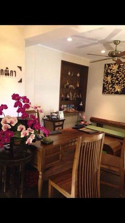 Kenika Thai Massage : Very well decorated reception