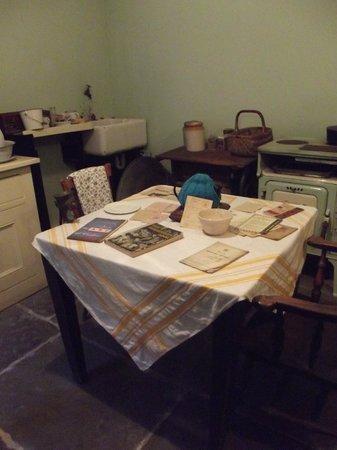 Merseyside Maritime Museum : 1940's Kitchen