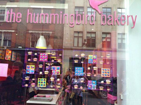 Best Tours: Hummingbird Bakery