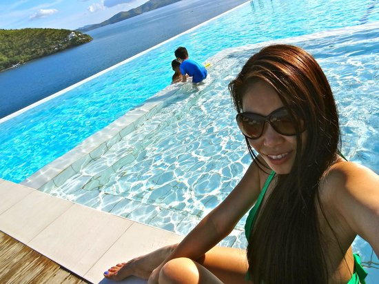 Busuanga Bay Lodge : Very clean and breathtaking view of BBL infinity pool