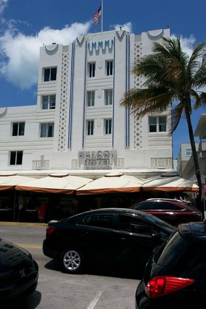 Beacon South Beach Hotel: From the street