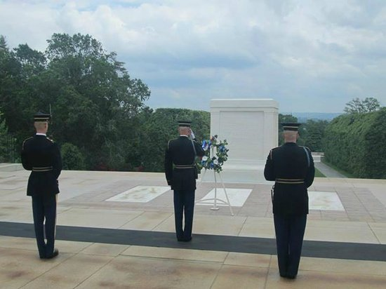 DC by Foot: Changing of the guard ceremony