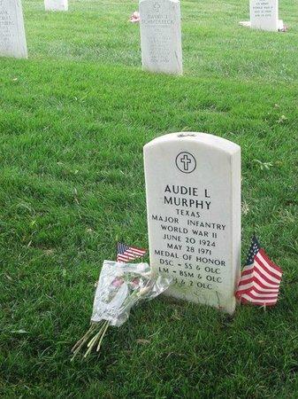 DC by Foot: Audie Murphy's headstone