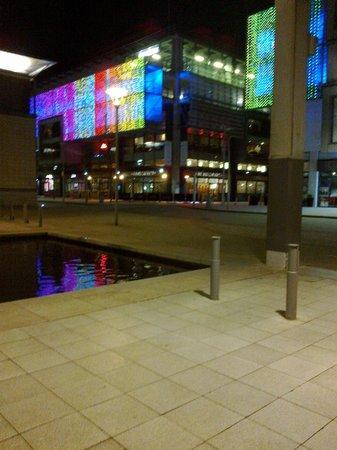 Ibis Bristol Centre: Outside the hotel.