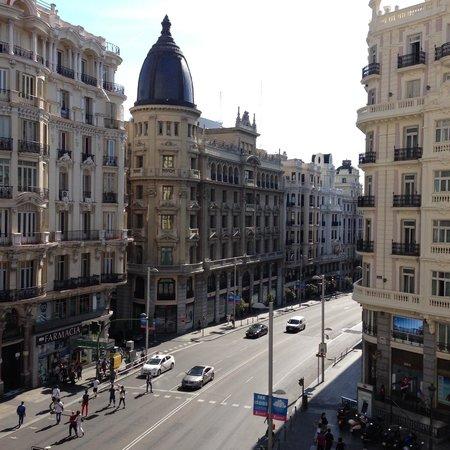 Praktik Metropol: view from the Gran Via Corner room