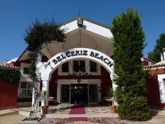 Club Belcekiz Beach Hotel: Front of Hotel