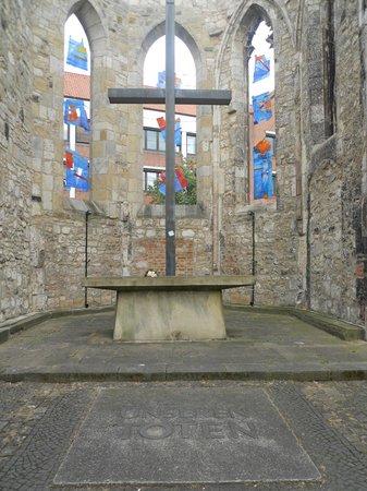 Aegidienkirche : Altar