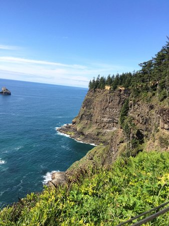 Cape Meares Lighthouse and Wildlife Refuge: View