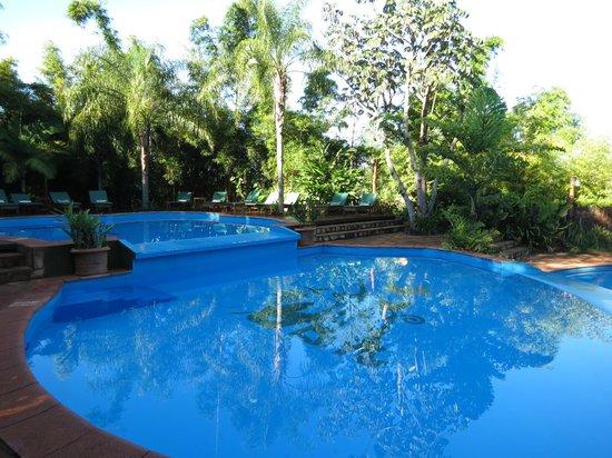 La Aldea de la Selva Lodge: piscina