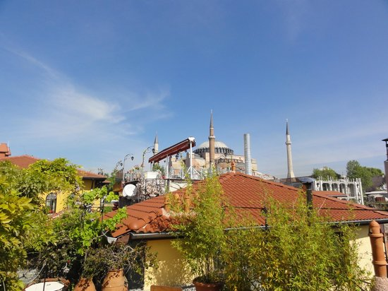 Hotel Empress Zoe: View of Hagia Sofia from rooftop