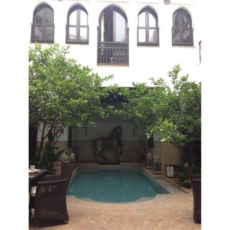 Riad Assakina : courtyard