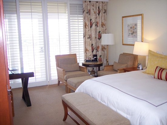 Balboa Bay Resort : Room