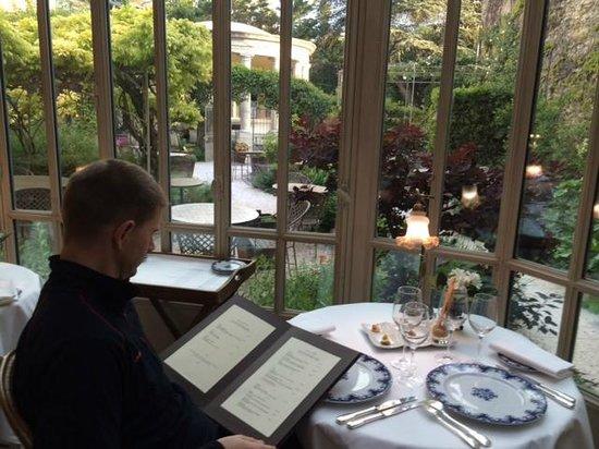 Restaurant Clair de Plume Gastronomique : Choosing from an inspiring menu