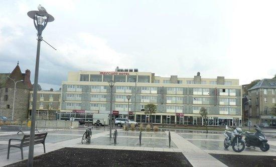 Mercure Dieppe la Presidence : Outside the hotel