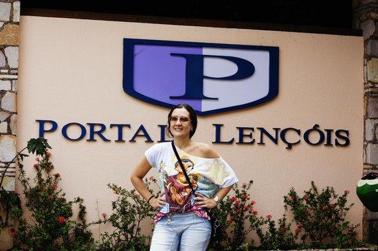 Portal Lencois Hotel: Entrada do Hotel.