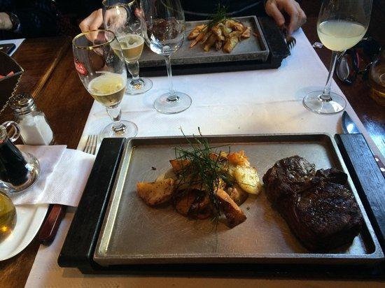 Francis Restaurant: Baby Beef com verduras! Muito Saboroso!