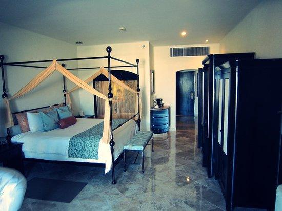 Secrets Maroma Beach Riviera Cancun: Habitación muy cómoda