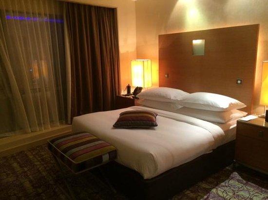 Movenpick Hotel West Bay Doha: Bedroom