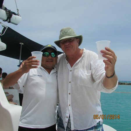 Catamaya Sailing Cruises: YOU CAN'T GO WRONG WHEN THE CHEF IS YOUR NEW BEST FRIEND