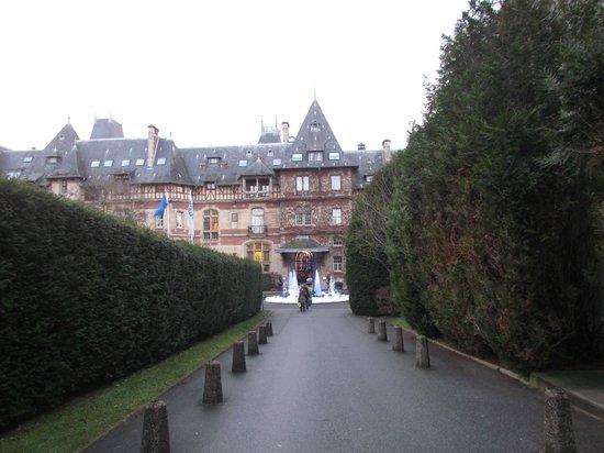 Hôtel Château de Montvillargenne : View of Chateau de Montivillargenne