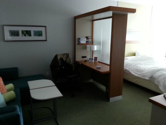 SpringHill Suites Pensacola: living area, desk and bedroom