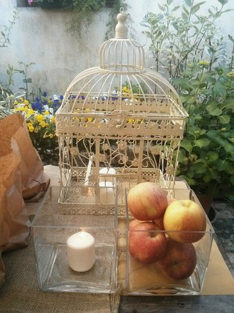 Matrimonio Country Chic Treviso : Zona relax matrimonio in giardino picture of ca lozzio piavon