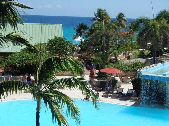 Sonesta Maho Beach Resort, Casino & Spa : View from 3rd Floor Room