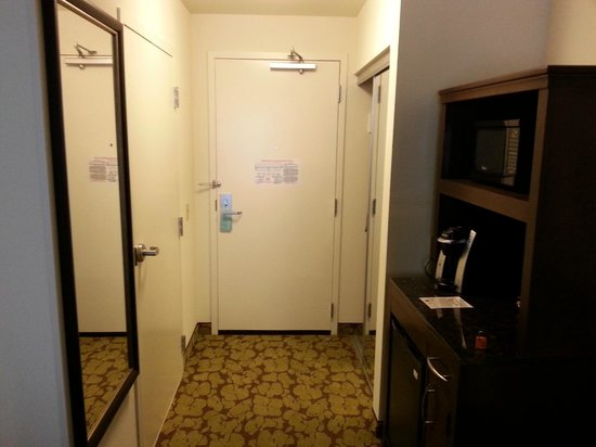 Hilton Garden Inn Pascagoula: room with refrigerator,, coffee maker, microwave, and closet