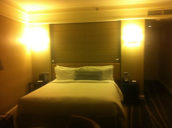 Grand Hyatt Melbourne: Bed