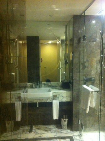 Grand Hyatt Melbourne: Bathroom
