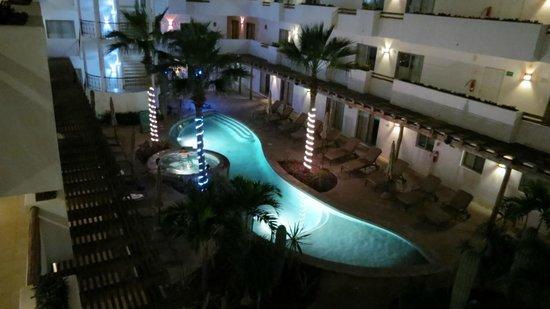 Hotel Santa Fe: Tomada durante la noche