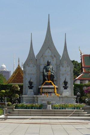 Royal Pavilion Mahajetsadabadin