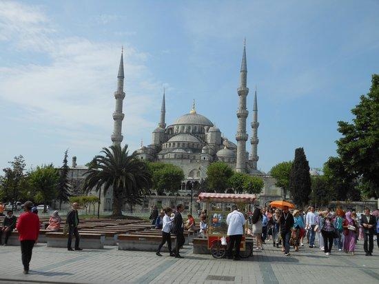 Kupeli Hotel: moschea blu